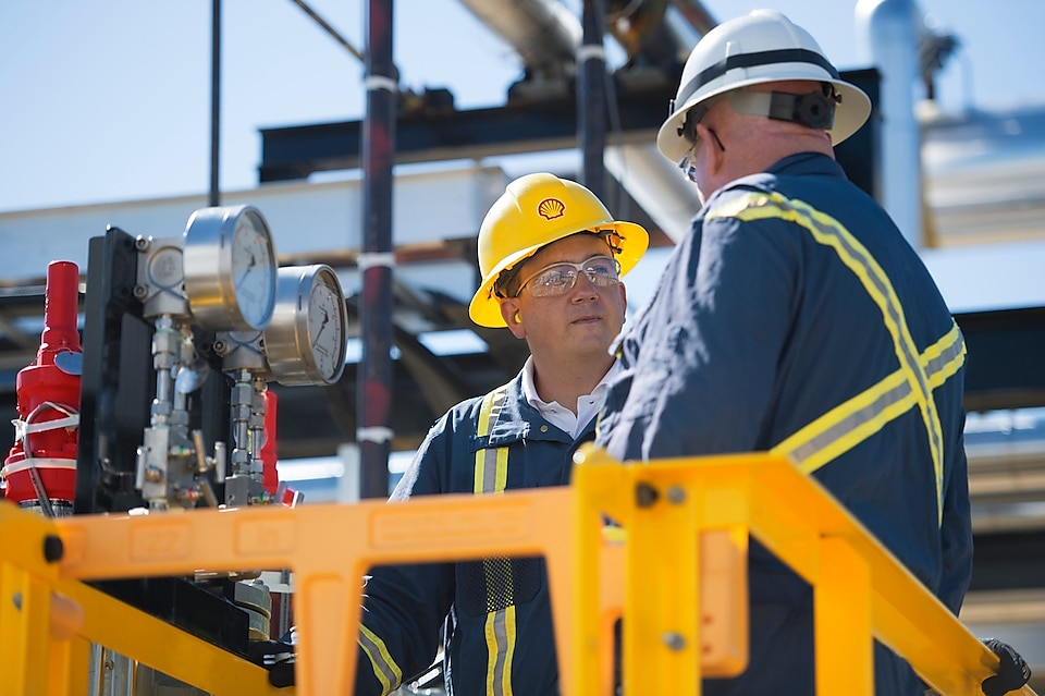 Employees in the Feed Gas Processing area for Sulferox